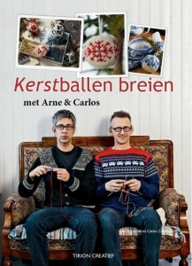 Cover Kerstballen Breien
